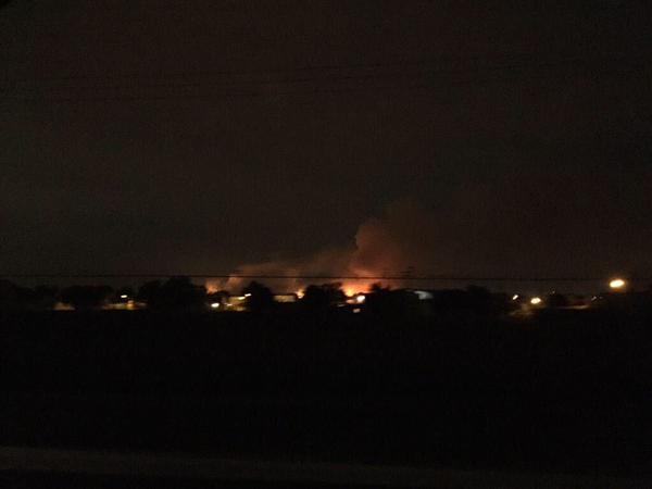 Controlan incendio en pastizales de base militar en Tecamac