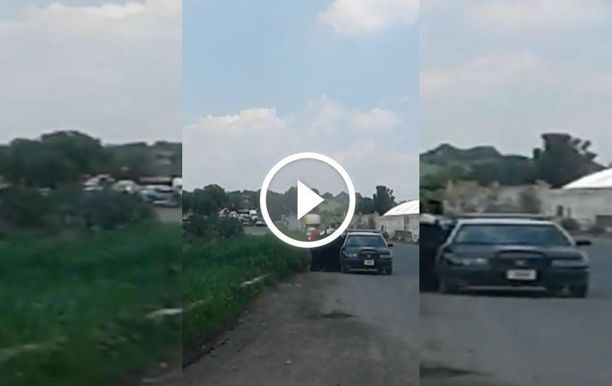 Video : Policías de Tecámac agreden a conductores por hoy no circula