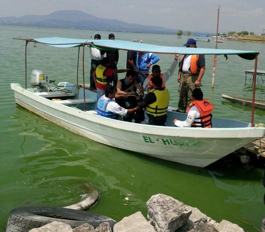 Amplían operativo para localizar a menor que cayó en laguna de Zumpango