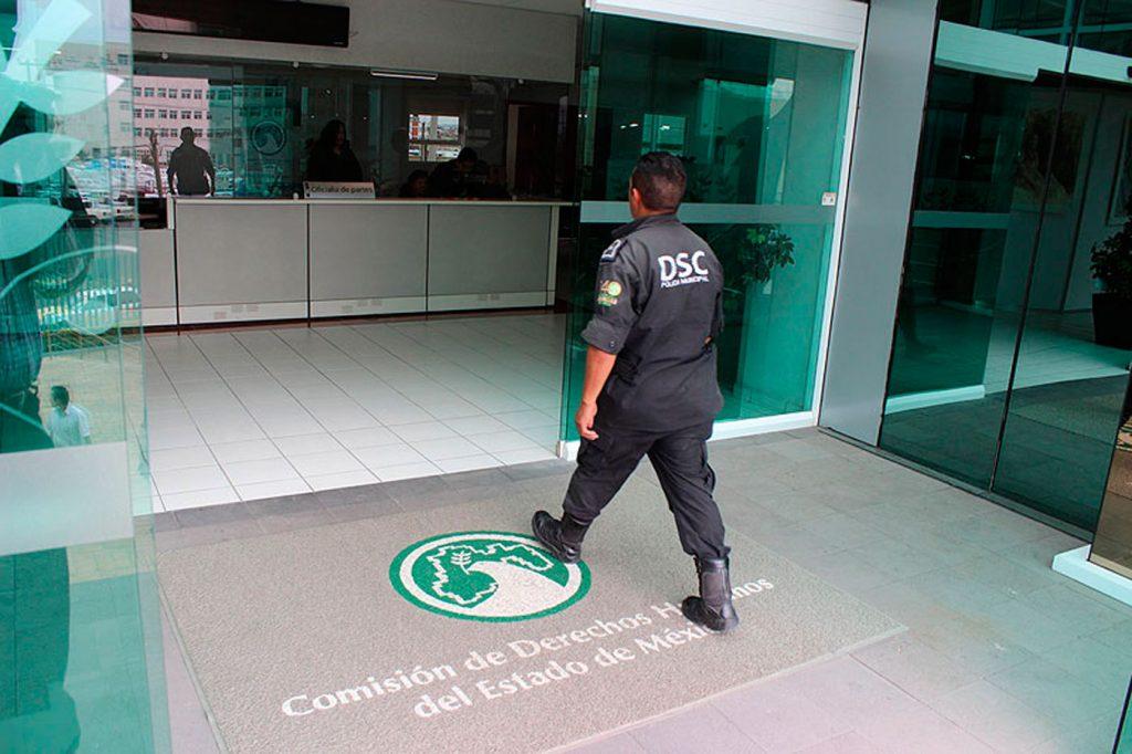 Emite Codhem recomendación por revisión policiaca en kínder en Zumpango