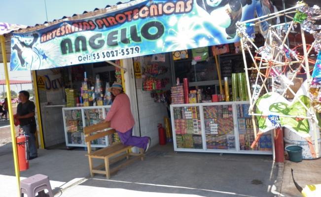 Realizan simulacro de incendio en tianguis pirotécnico de Tultepec